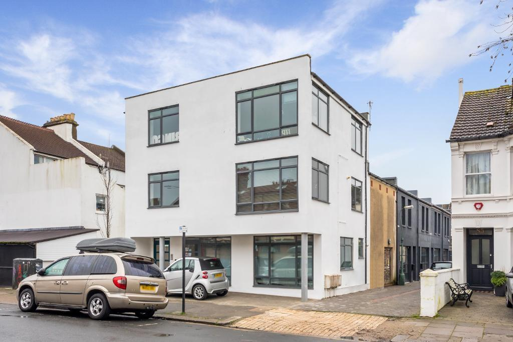 Westbourne Grove, Hove, East Sussex, BN3 5PJ
