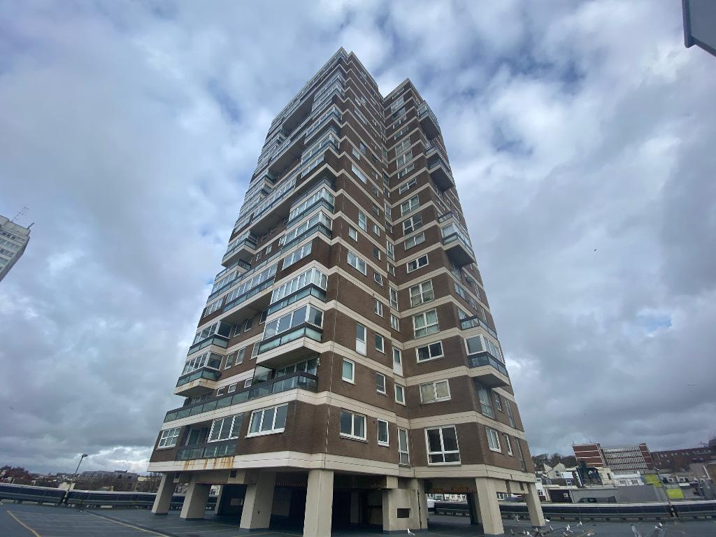 Russell Square, Brighton, East Sussex, BN1 2EX